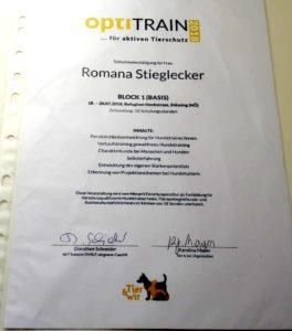OptiTrain Zertifikat Romana Stieglecker 2018 Hundetrainer Ausbildung